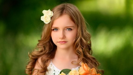 pretty hairstyles for long hair little girl