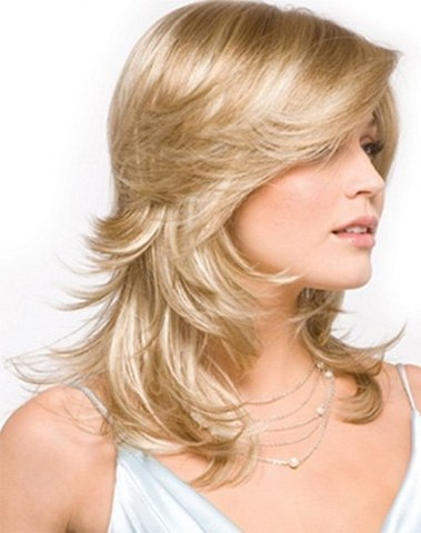 short pretty layered hairstyles