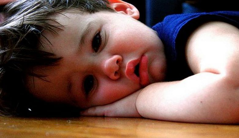 Cute Sad Baby Pics For Whatsapp Display Picture - 19
