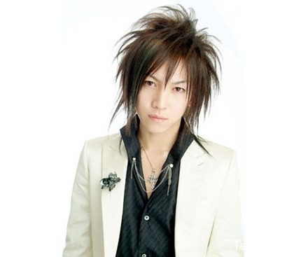 japanese men punk hairstyle